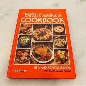 Betty Crocker Cookbook Vintage 1980